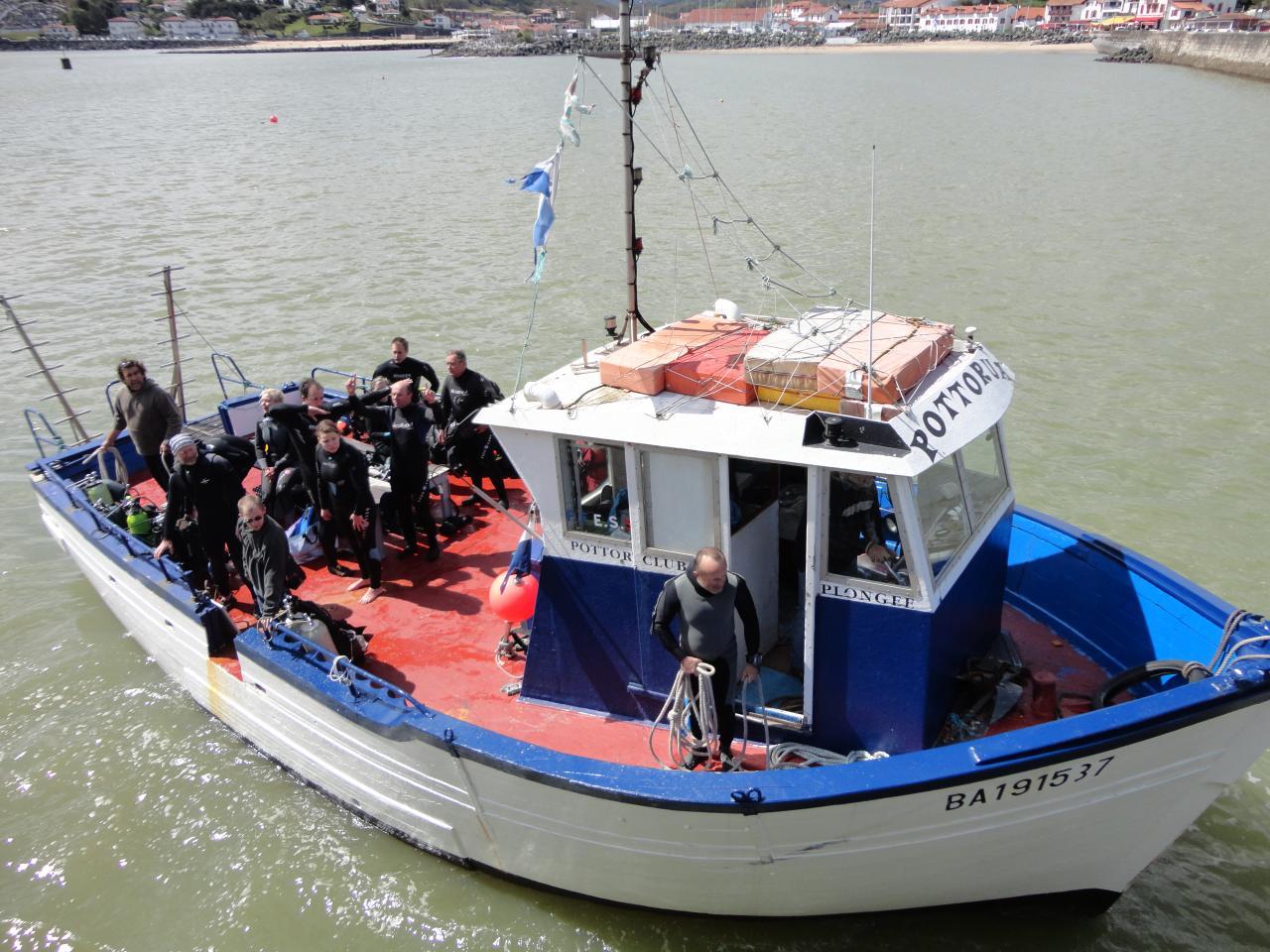 Toujours le bateau