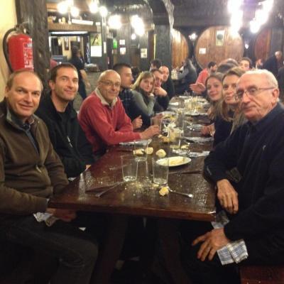 Repas dans une cidrerie en Espagne...